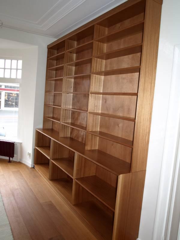 mahonie boekenkast